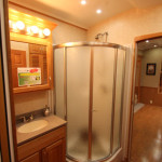 Corner Shower - Fifth Wheel